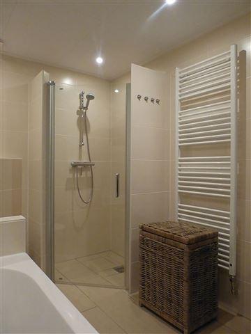 badkamer-laten-verbouwen